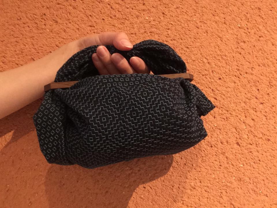 黒×青糸walnut