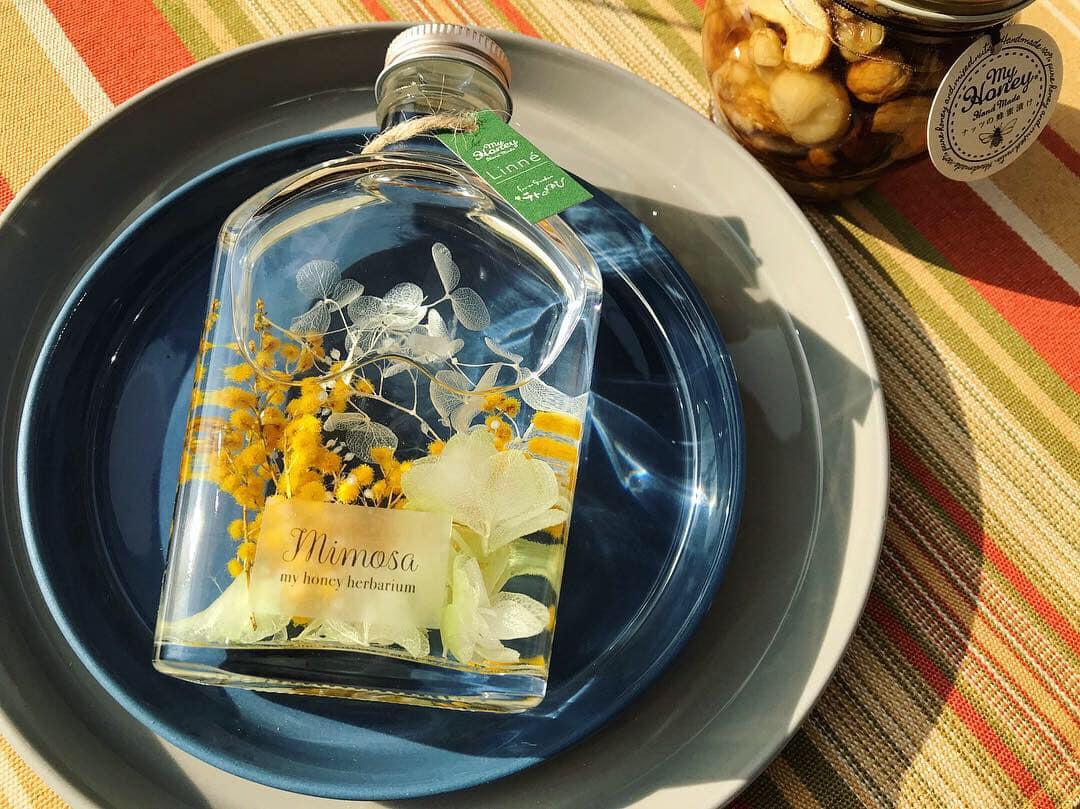 ナッツの蜂蜜漬けとハーバリウムミモザセット1
